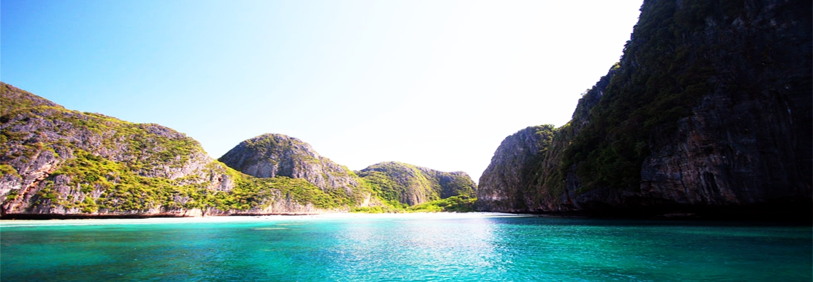 Phi Phi island & Maya Bay tour by speedboat