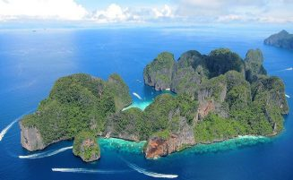 Phi Phi island overnight package